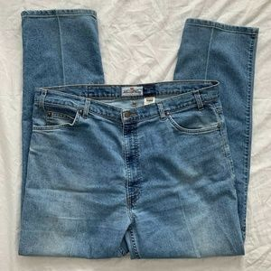 Men's Levi's 540 Relaxed Fit Jeans Size 42